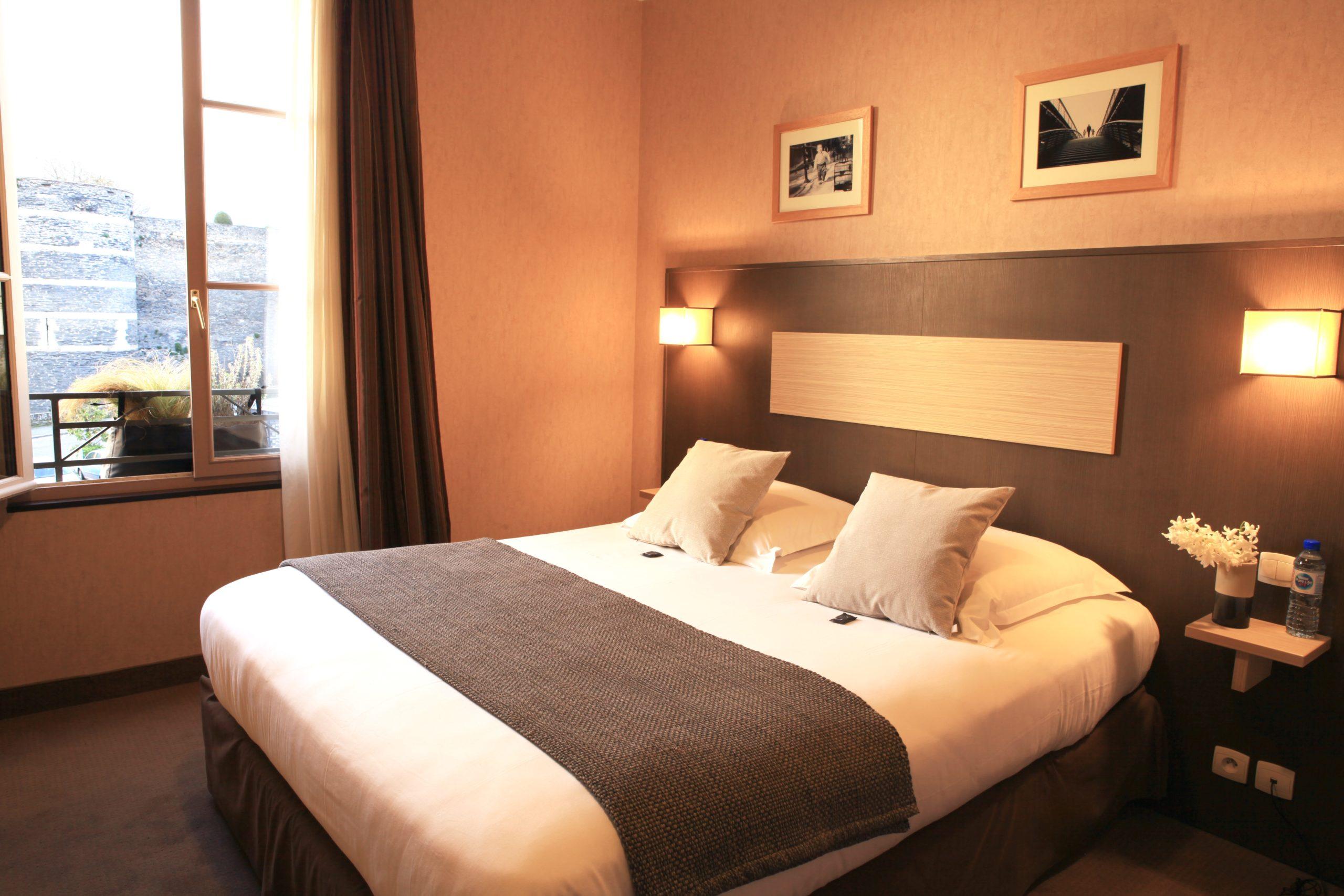 Chambre d'hôtel cosy à Angers : HMA hôtel